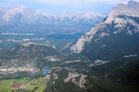 0667 Banff Approach