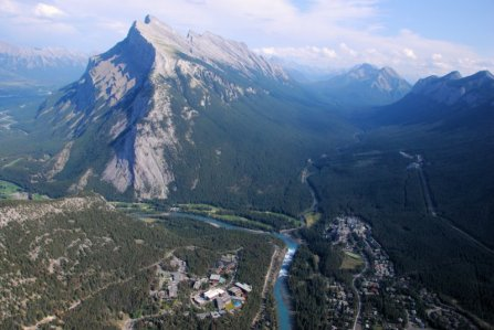 0676 Over Banff