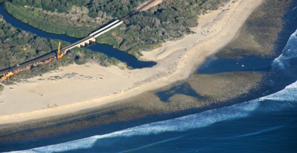 2516 Trestles Surfer Beach