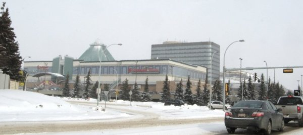 1585 West Edmonton Mall