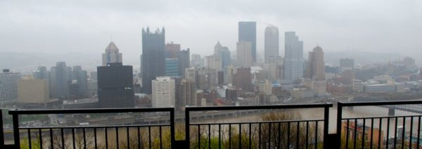 7336 Rainy Pittsburgh Skyline