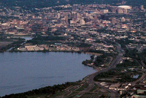 0470 Distant Syracuse