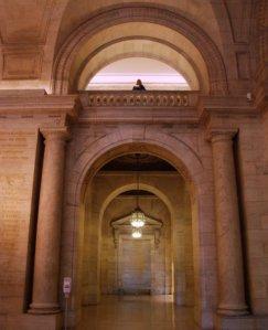 9303 NY Library Hall