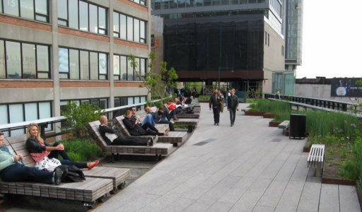 0458 High Line Lounges