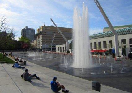 0562 Fountain Fun