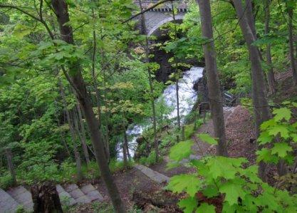 0691 Creek & Falls