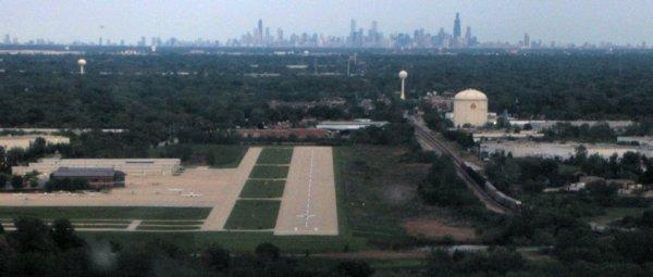 0766 Chicago Burb Landing