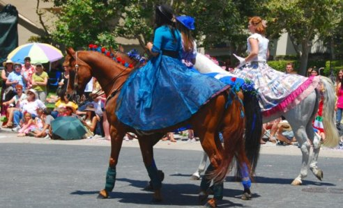 2756 Period Dresses