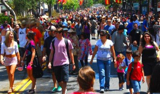 2813 People Parade