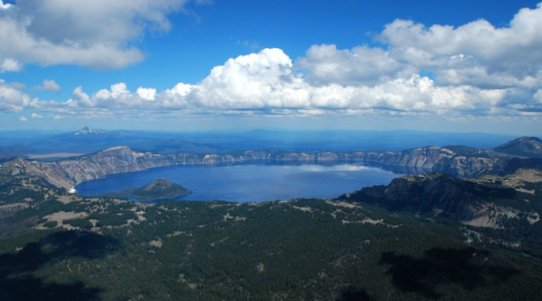 3761 Crater Lake