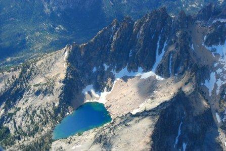 4016 High Lake