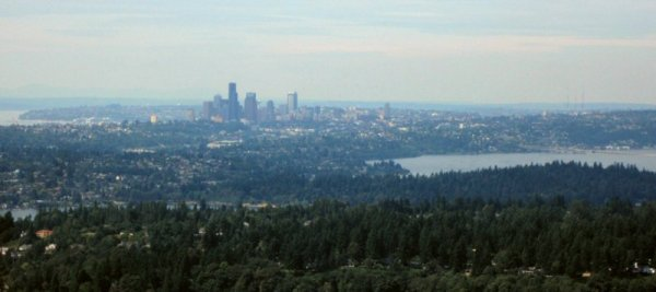 0482 Smoky Seattle