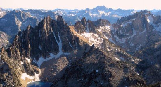 0702 Jagged Peaks