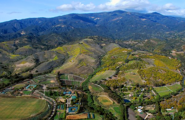 1108 Hillside Hues