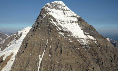 2424 Mt. Robson Side