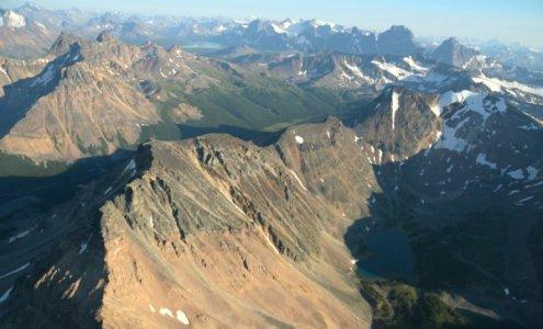 2392 Alpine Range