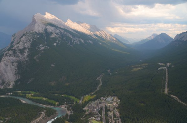 2790 Old Banff