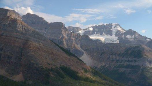 2837 Glacier Apparition