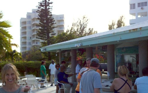 34_704 Coral Beach Bar