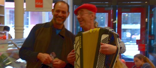 3823 Accordion & Two Bobs
