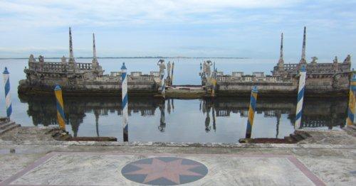 0194 Barge
