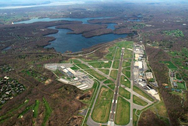 2852 Airport to Nyack