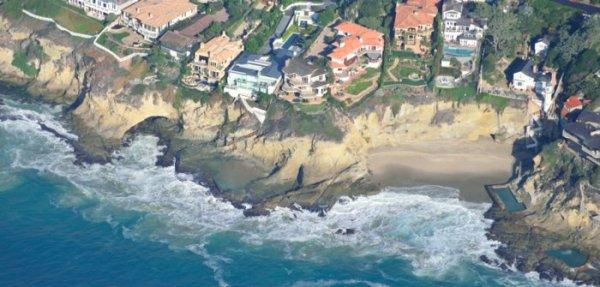 0085 Beach Billions