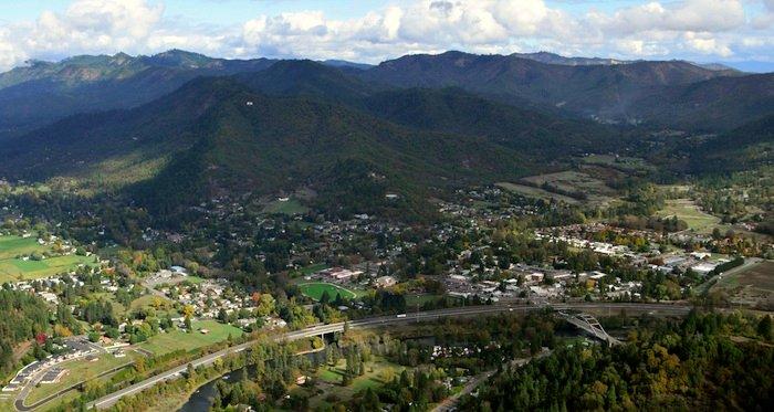 6740 Rogue River