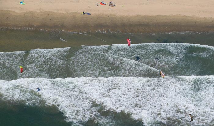 4967 Kite Surfers