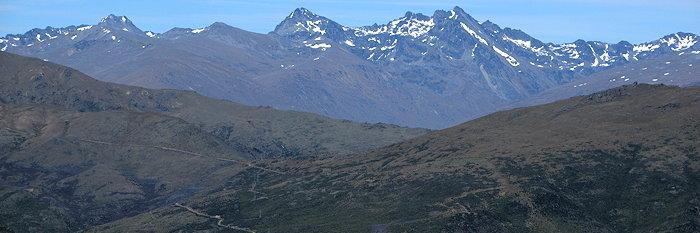 1033 Distant Snowy Peaks