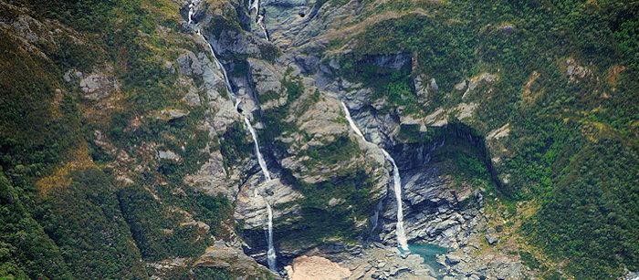 1542 Tumbling Falls