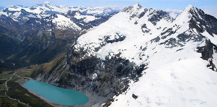 1597 Mt.Pollux & Lk.Lucidus