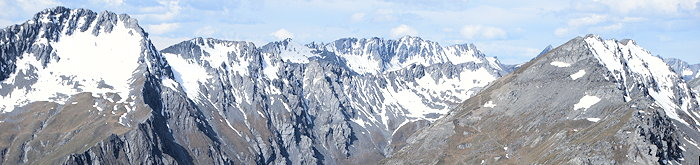 2362 Grizzled Peaks