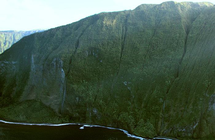 3326 Mountain Falls