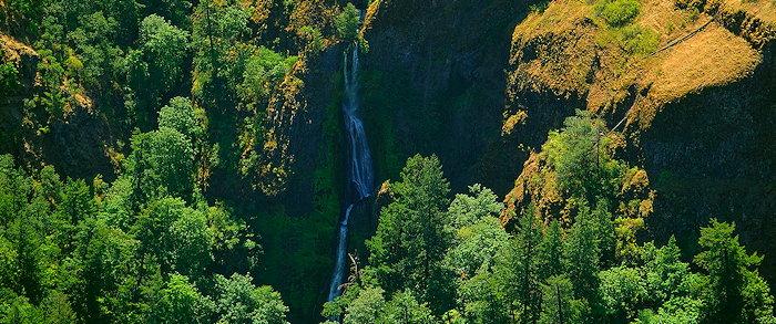 4377 Spectacular Falls