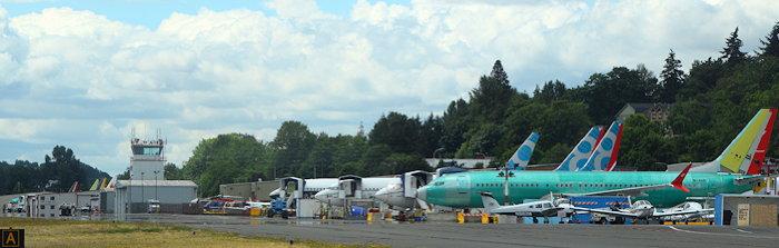 8430 Green Jets