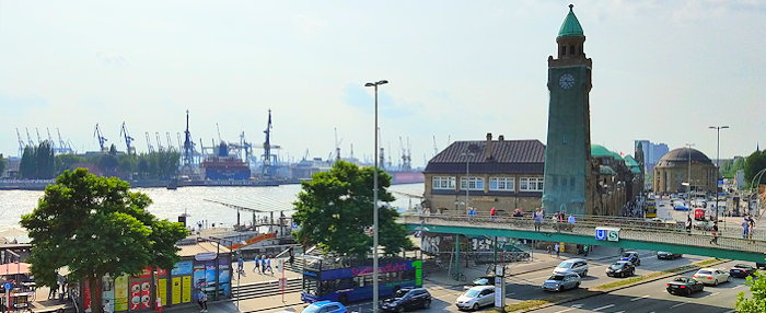 152657 Hamburg Harbor