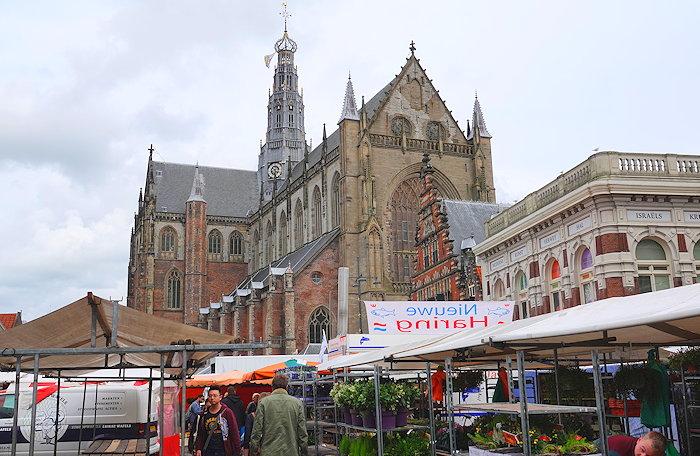 6076 Open Market