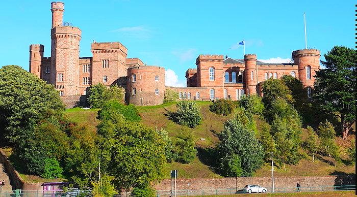 6847 Proud Castle