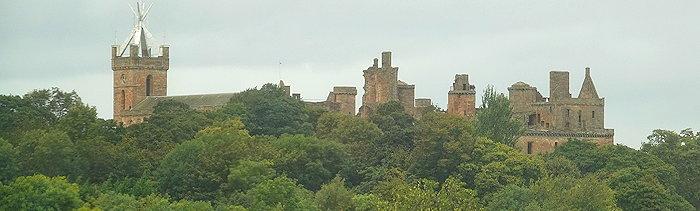 07918 Distant Castle
