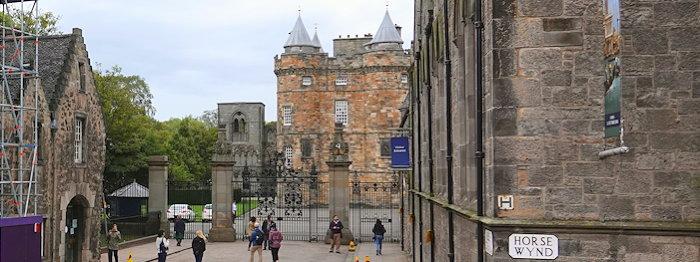 7765 Holyrood Palace